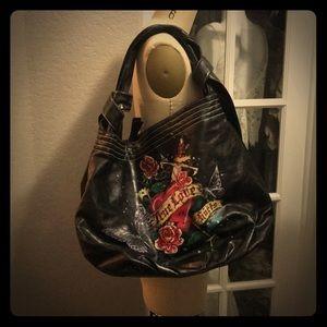 Zipper purse roses and daggar